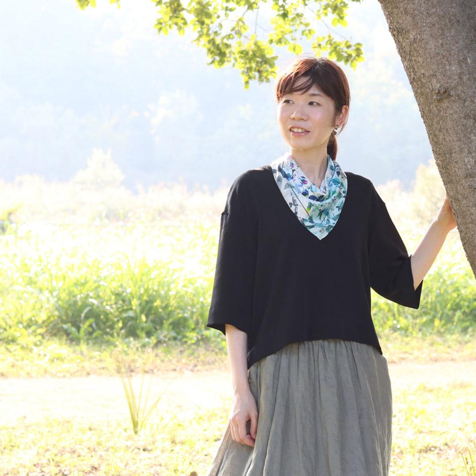 君は早乙女花スカーフ